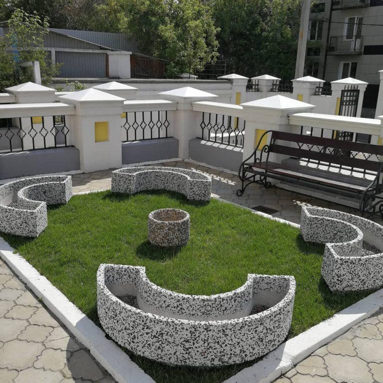 Благоустройство территории  православного храма в Иркутске с продукцией «Abristone»