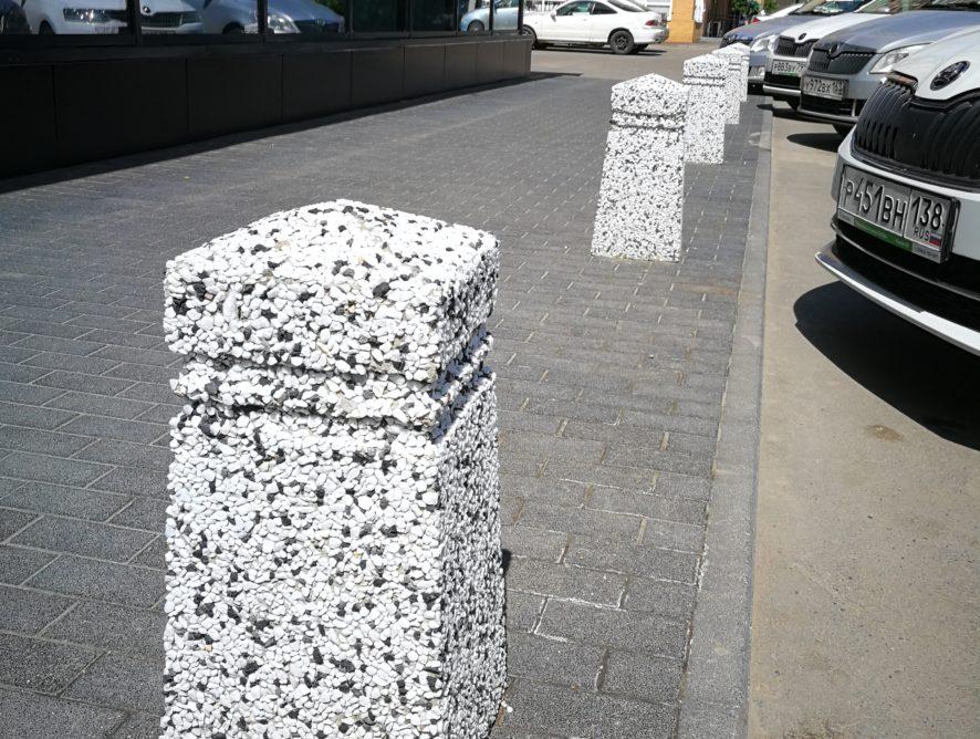 Бетонные урны и парковочные ограждения